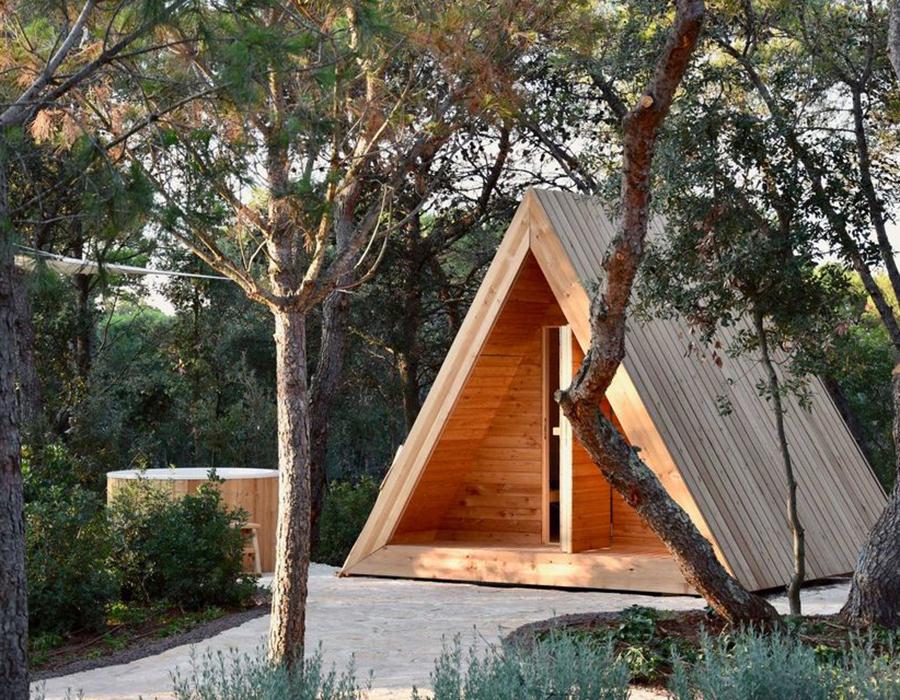 Villa. Cabañas de madera.